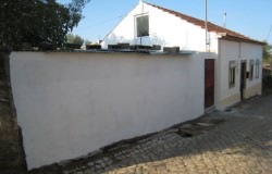 PRICE REDUCTION // Detached 3 Bed traditional Portuguese Country house with off road parking,  patio & amp; ruin annex