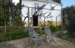 Two bedroom, ready-to-move into renovated stone cottage for sale near Castanheira da Pera in Central Portugal