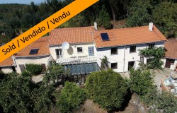 Detached 3 bed house, 3 Annexes to renovate, south facing balcony with mountain views for sale near Alvaiazere