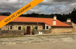 3 bedroom character stone house rebuilt as new, manageable size garden, perfect a Portuguese countryside holiday home