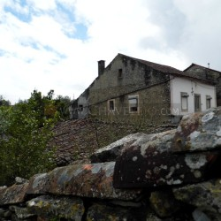 A lovely stone property with annexes and land and within walking distance to a café and mini market for sale in a sought after village at Ferreira do Zêzere for 60000