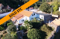 Traditional 3 Bedroom Farmhouse for sale near Alvaiazere