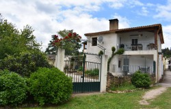 Lovely property with three self contained apartments for sale near Miranda do Corvo