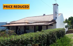 A fully restored property with a beautifully landscaped garden, vineyard and garage for sale near Tomar, Central Portugal