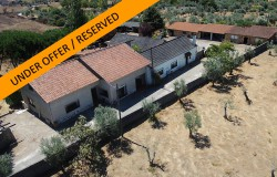 """Large rural retreat, """"Quinta"""" with 5 plus bed Houses, annexes and 2ha fenced flat land, well for sale near Alvaiazere"""