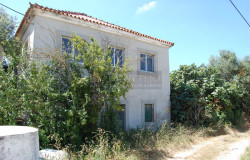 A bank repossession with lots of potential and a small price tag looking for a new owner, for sale close to Tomar