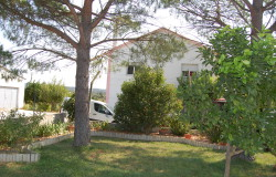A seven bedroom, two stores house for sale only 2 minutes outside of Tomar, central Portugal.
