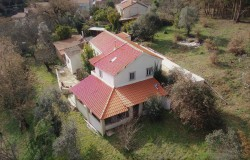 Detached 3 bed house, Annex, south facing balcony with breathtaking mountain views, close to Alvaiazere