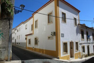 A luxurious refurbished townhouse in Tomar