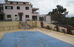 6 bed house with swimming  pool for sale near Sertã central Portugal