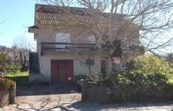 4 Bed detached house with storage annex for sale in Alvaiazere, central Portugal